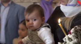 Ioana, mezina familiei Corinei Ţepeş şi lui Costi Burlacu a primit taina botezului