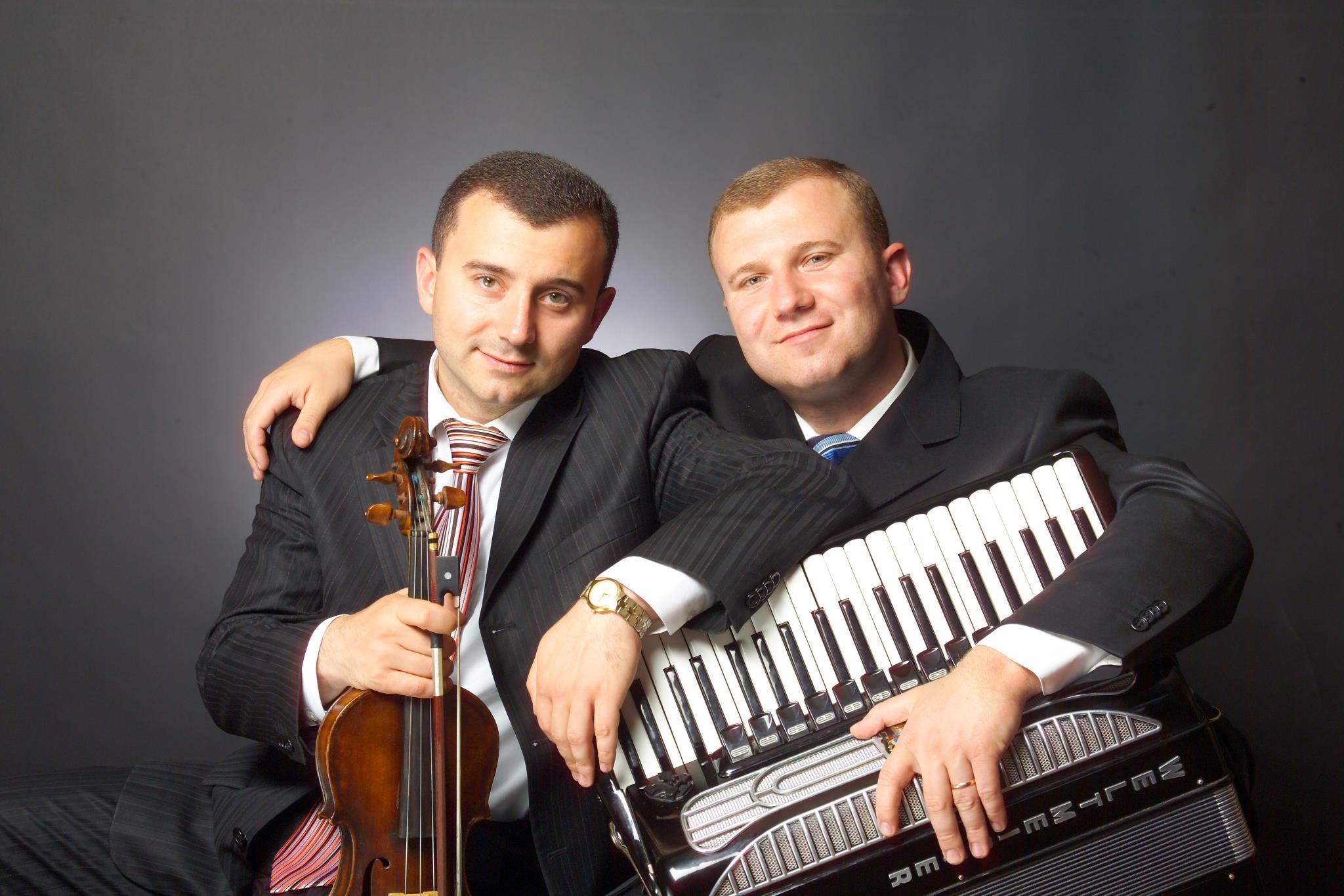 Vitalie şi Vasile Advahov