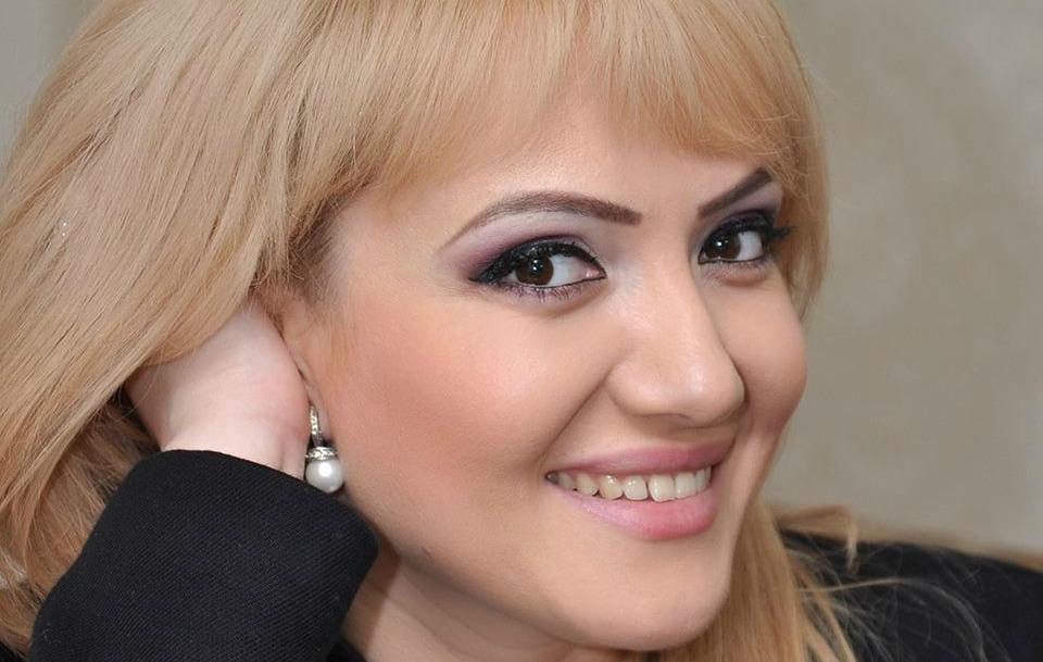 Adriana Ochișanu și-a creștinat fetița! Vezi primele imagini cu micuța Mihaela