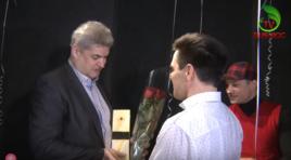 Cei mai îndrăgiți artiști s-au strâns să-i ureze lui Oleg Baraliuc un LA MULȚI ANI! | BEAUMONDE