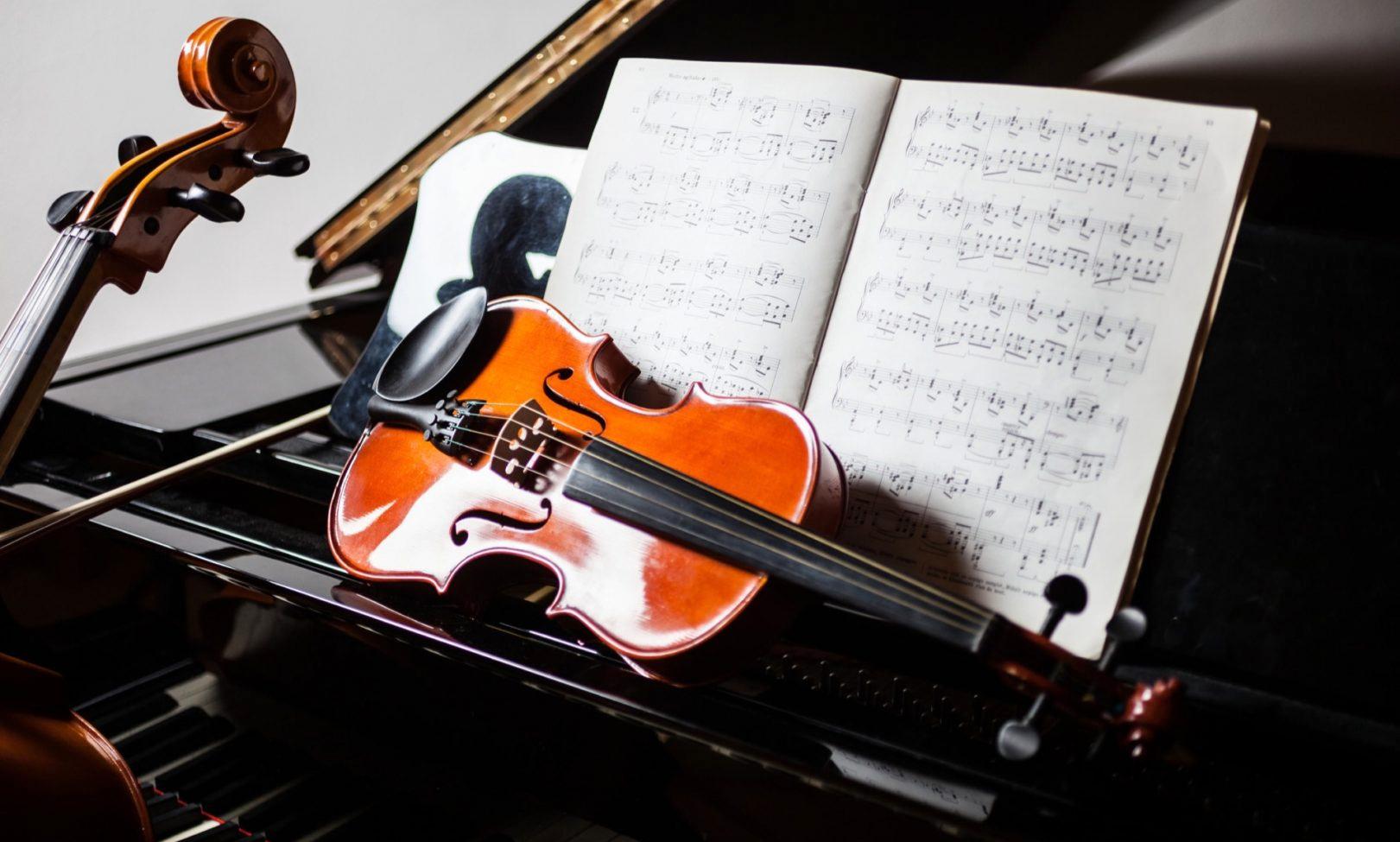De ce trebuie să ascultăm muzică mai des. Iată cele 10 beneficii