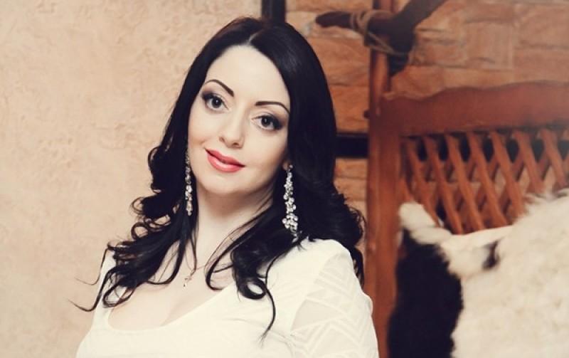 Doliu în familia Marianei Șura. Cântăreața a pierdut o persoană importantă din viața ei