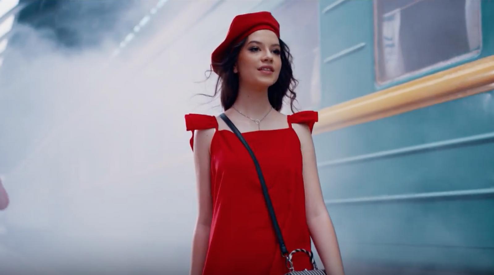Cleopatra Stratan pregătește un nou single. Află detalii