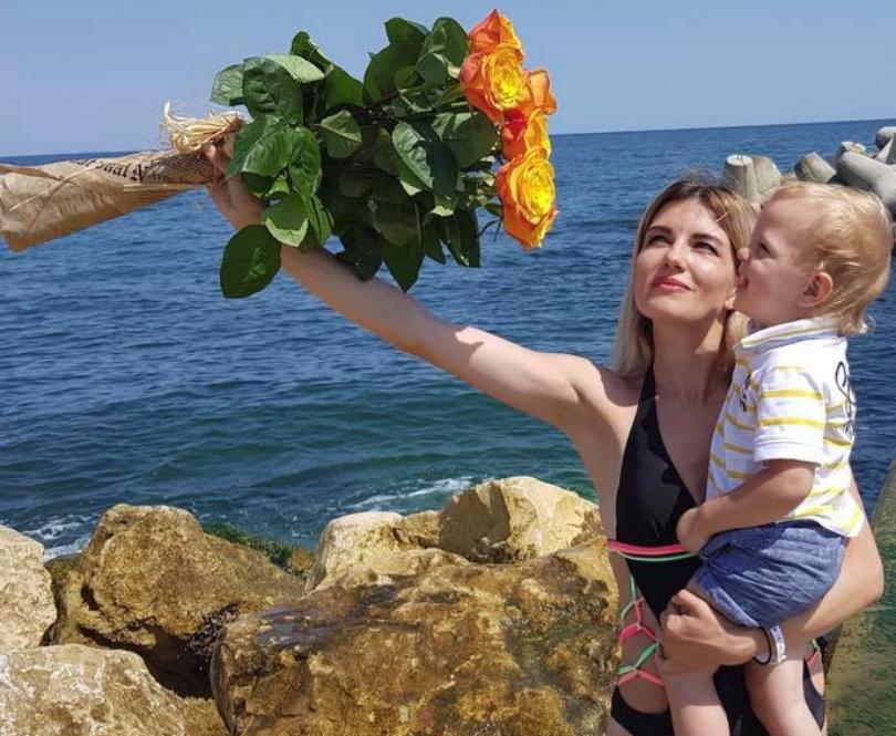 Mariana Mihăilă și-a sărbătorit ziua de naștere la mare! FOTO