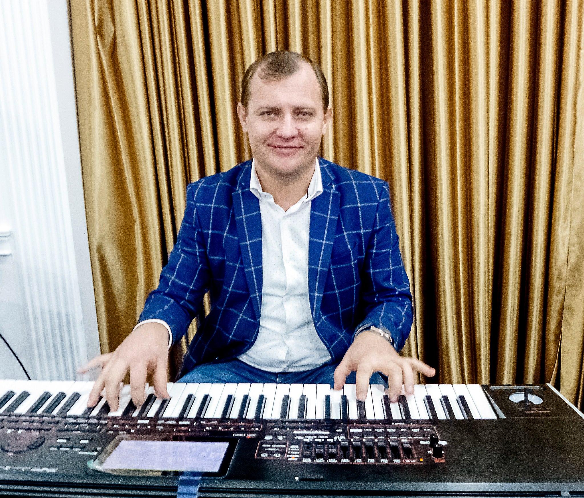 Aurel Chirtoacă – participă cu o melodie de dragoste la EUROVISION 2019