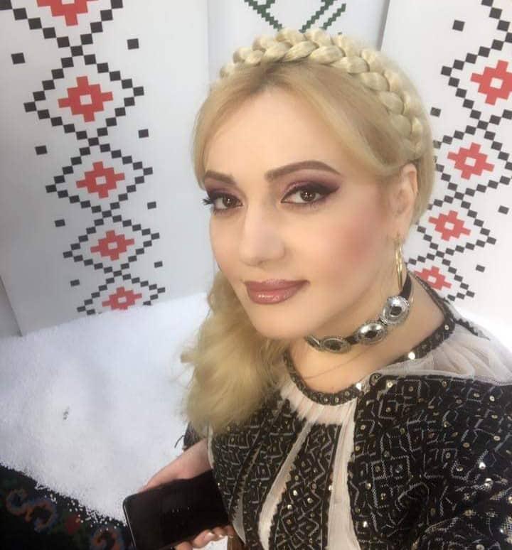 Adriana Ochișanu vizitează Moscova Nocturnă| FOTO