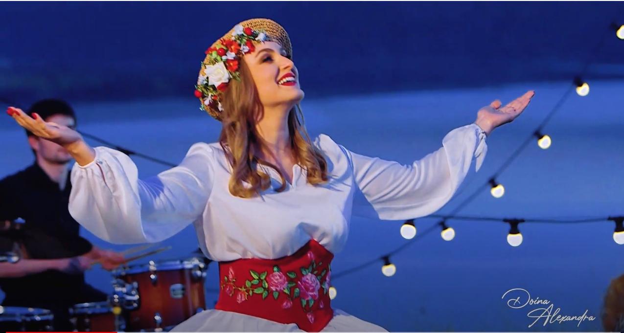"Doina Alexandra a lansat piesa ""Urare de gânduri bune"" (Video)"