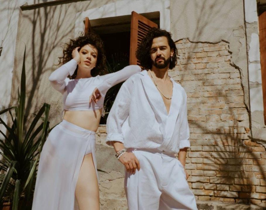 """Pasha Parfeni și Cleopatra Stratan lansează piesa  ,,Orele"""" (Video)"""